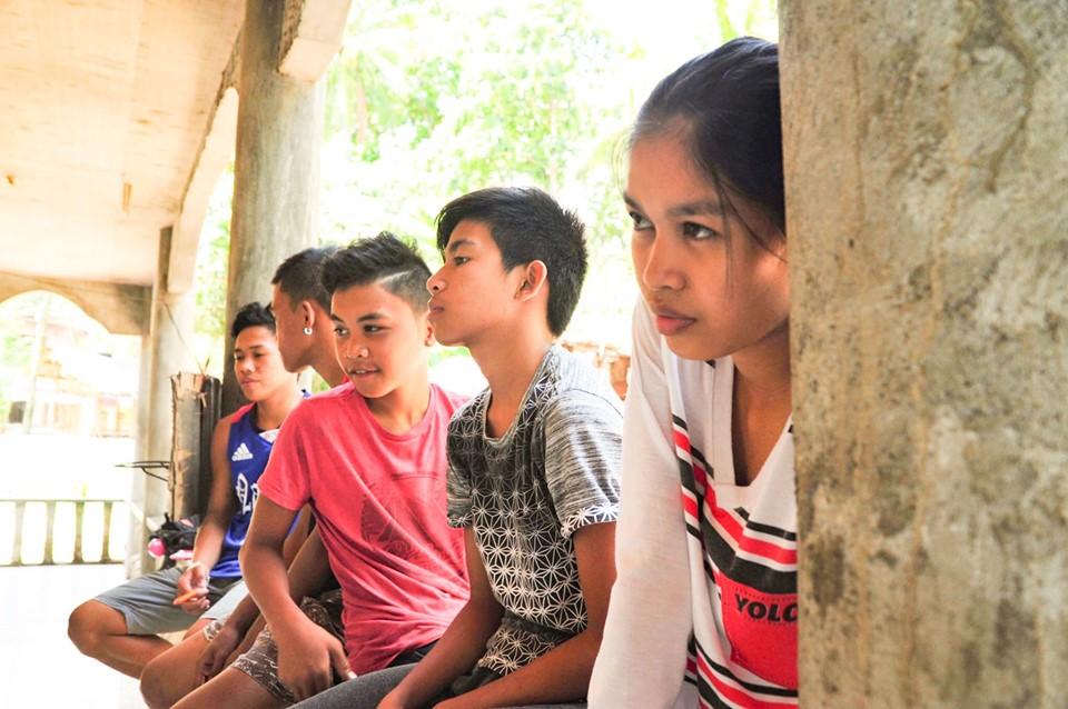 カミギン島の生徒たち