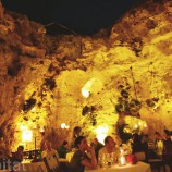 Ali-Barbour-Cave-Restaurant-in-Kenya-04