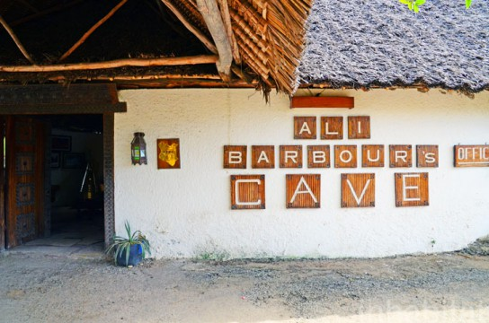 Ali-Barbour-Cave-Restaurant-in-Kenya-25