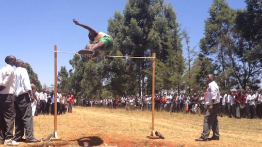 kenyan_high_school_jump