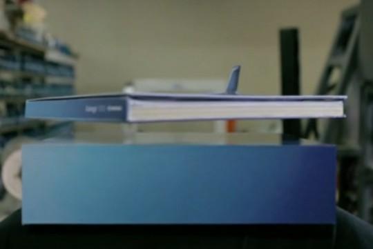 floating-catalog-plane