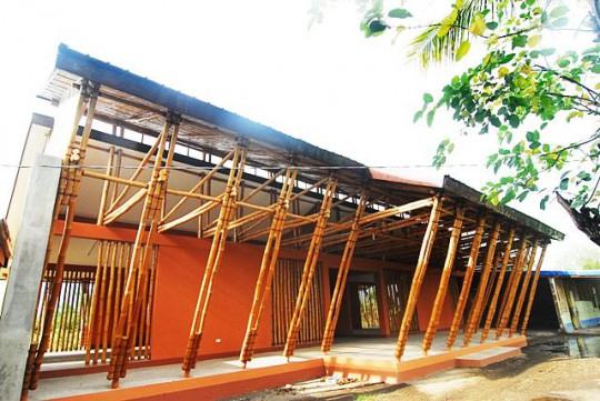 philippines-bamboo-school-camarines-sur-13