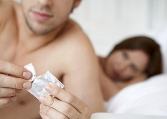 VivaGel-HIV-Condom