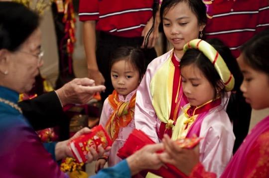 Vietnam otoshidama02